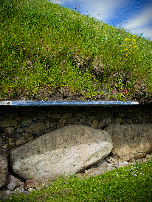 Megalithic art: only stone / wooden tools were used.